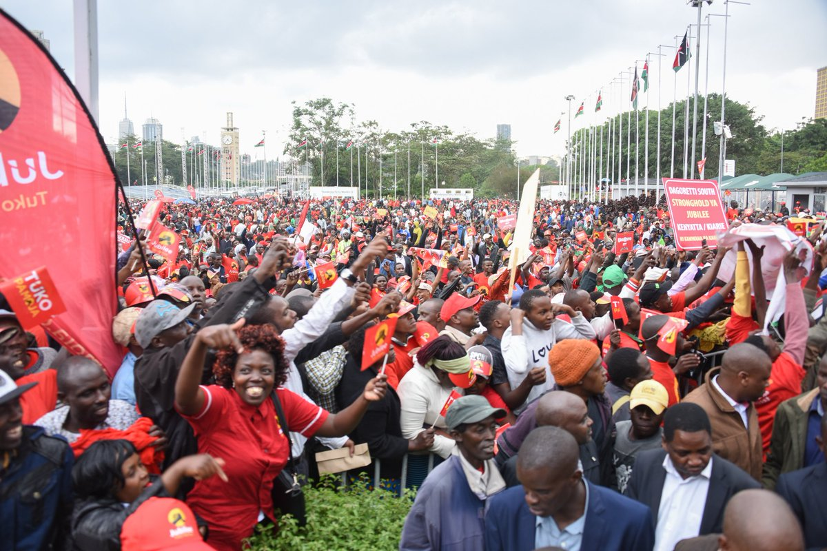 President Kenyatta urges for peace a head of August polls as he outlines Jubilee score card