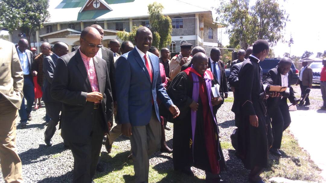 DP Ruto  takes Jubilee campaigns to  Nyandarua county,asks residents to  pray for them ahead of polls