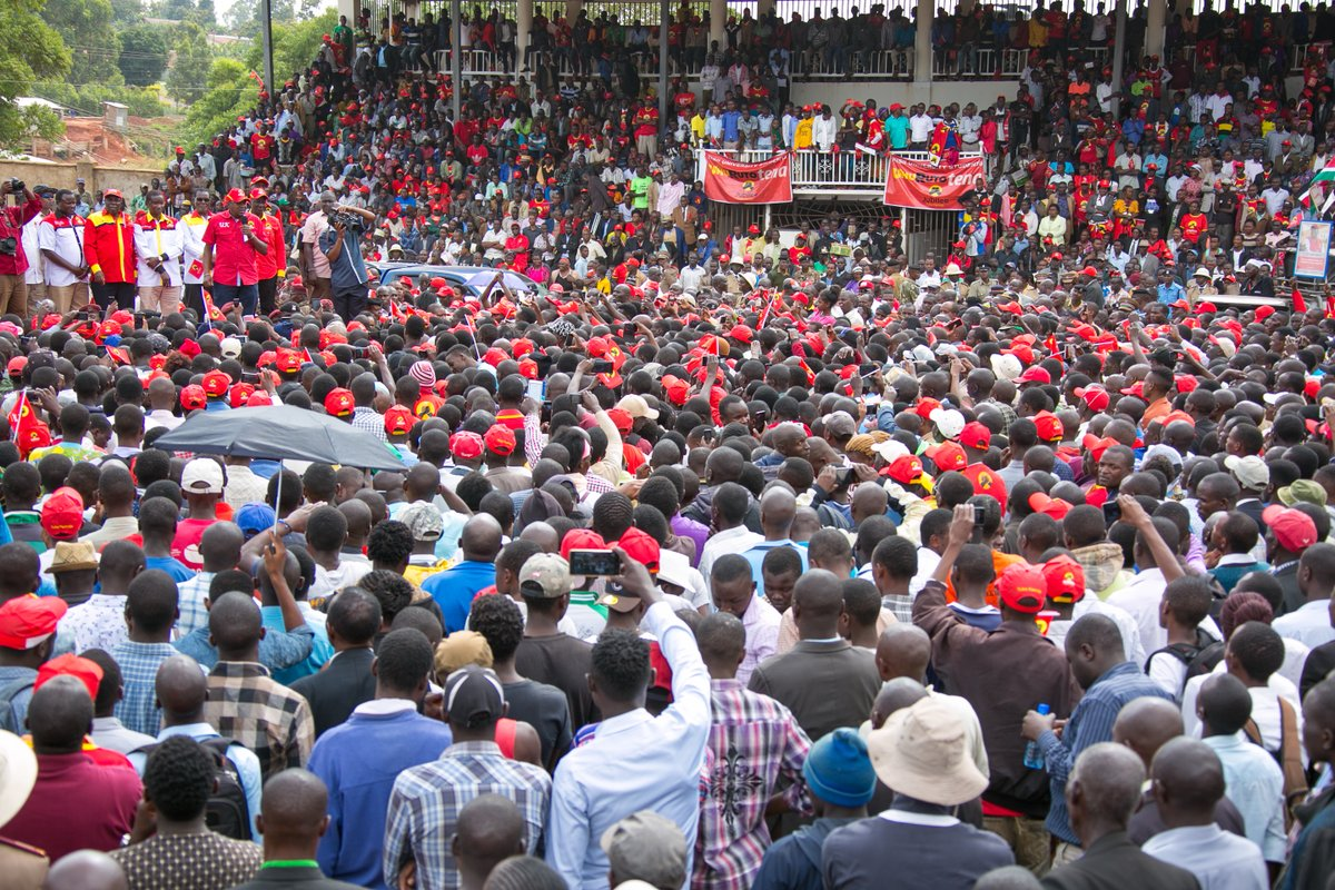 Give us your vote and we will not disappoint,Uhuru urges as he campaigns in Kisii,Bomet and Kakamega