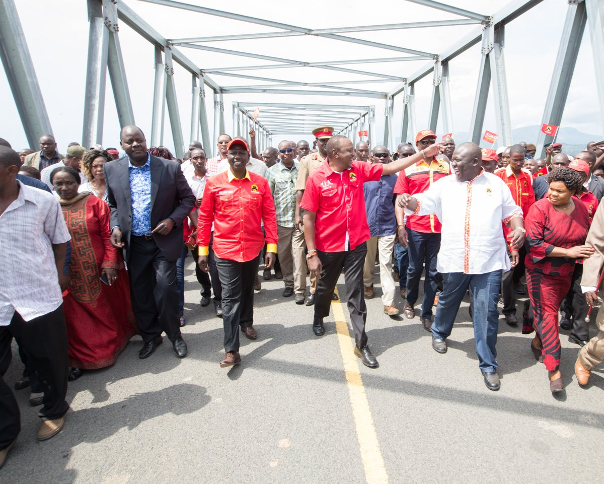 The Jubilee government cares about your needs,Uhuru tells Nyanza residents as he  campaigns in the region