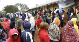 kenyans turn out in large numbers to vote,delay witnessed  in some  centers