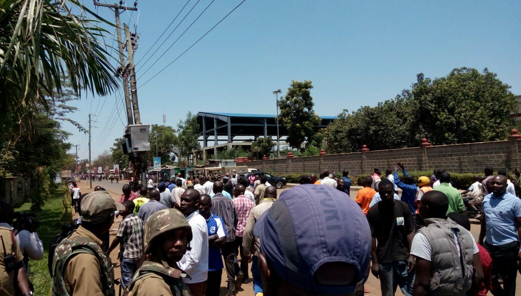 Peace meeting  in Kisumu fails to kick off as youth engage police in running battles