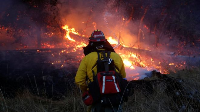 California wildfires: Death toll rises as blazes continue