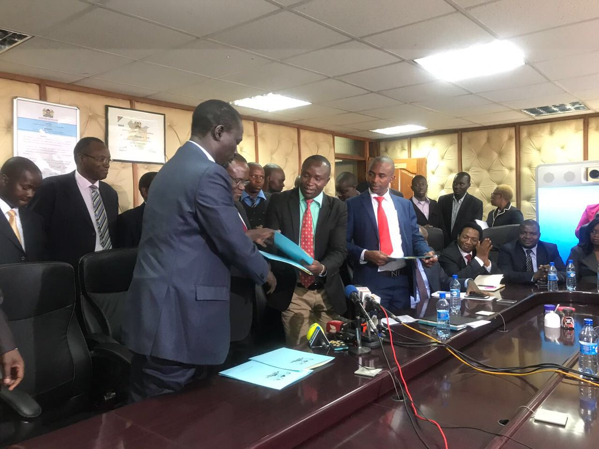 Ministry of health,Clinical officers sign return to work  formula