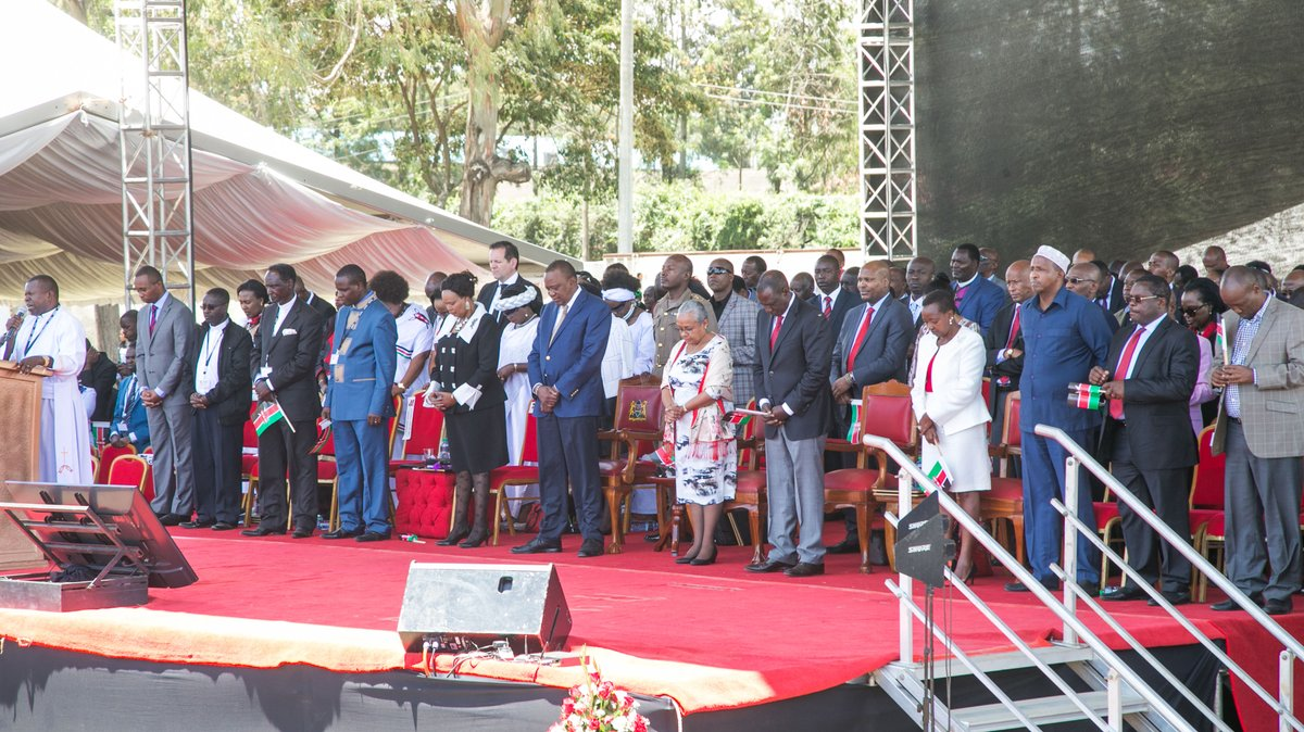 President Kenyatta leads the country in prayers ahead of repeat poll