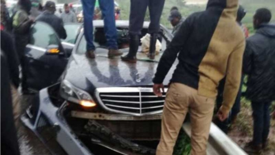 Governor Wahome Gakuru injured in a  road accident in Kabati