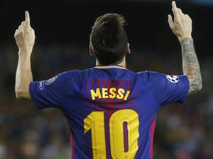 Lionel Messi signs new Barcelona contract?