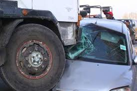 Road accident:0ne dies as Lorry colides with a bus on Mombasa Road