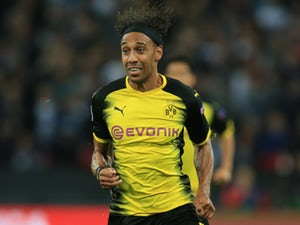 Pierre-Emerick Aubameyang completes move to Arsenal from Borussia Dortmund