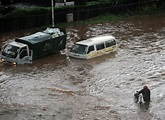 Floods continue to wreck havoc in the country as hundreds are displaced in Mandera