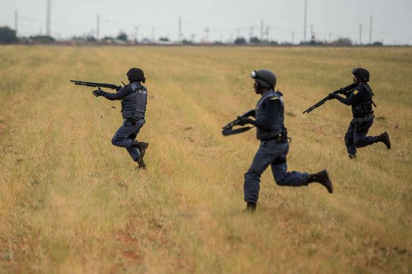 South African police kill teen during anti-graft protests