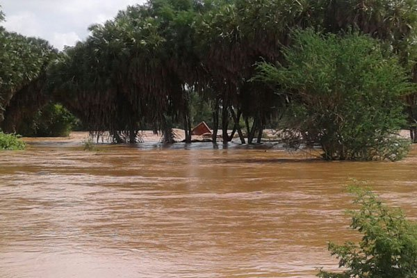 floods cause havoc in Tsavo,destroys tourists camps
