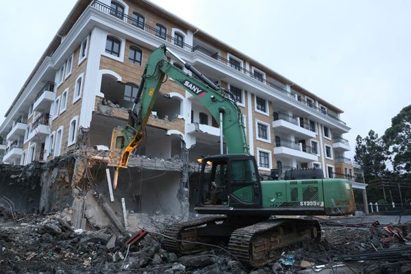 Grand Manor hotel owned by an  Asian  investor in Nairobi brought down