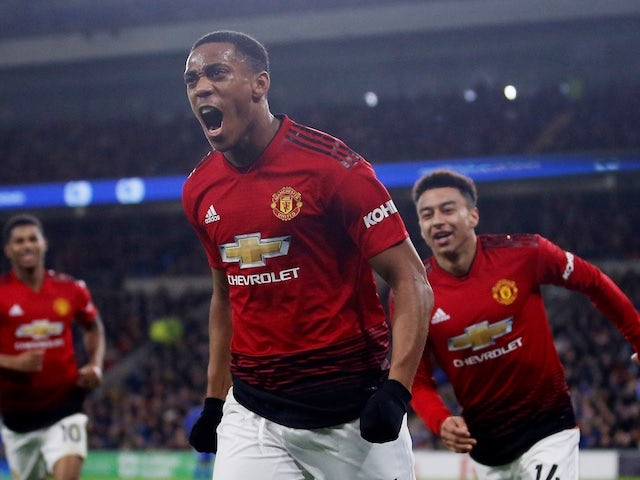 Anthony Martial signs new Manchester United deal to 2024