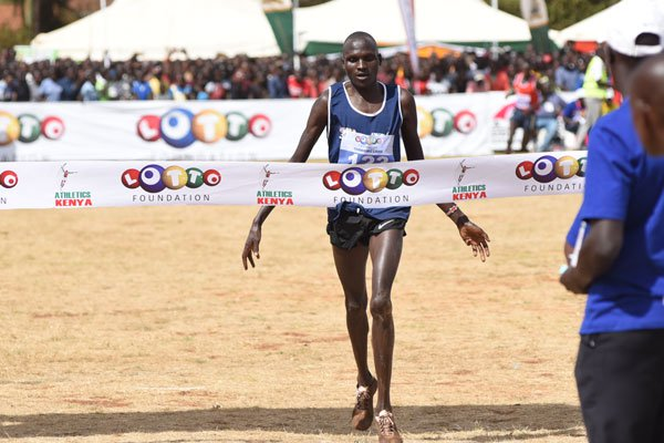 Samuel Chebole ,Beatrice Chebet  clinches  U20 National Cross Country title in male and female categories respectively