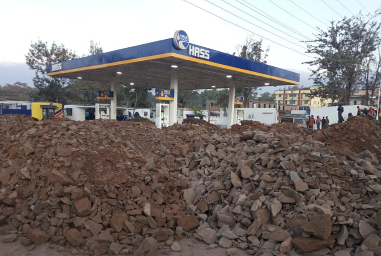 Narok county government on the receiving end over shutting down of petrol station as two PSV companies clash