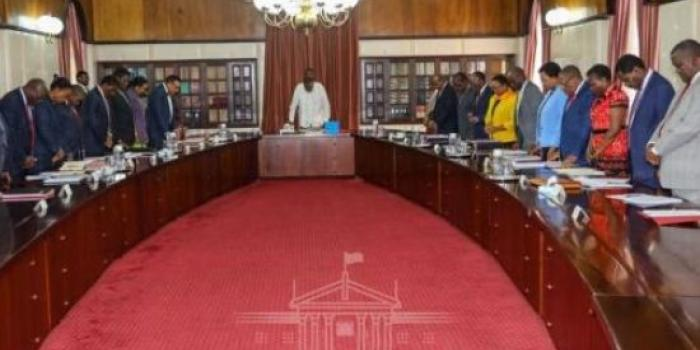 There shall be no holiday for Cabinet secretaries as Uhuru says until pending bills are cleared