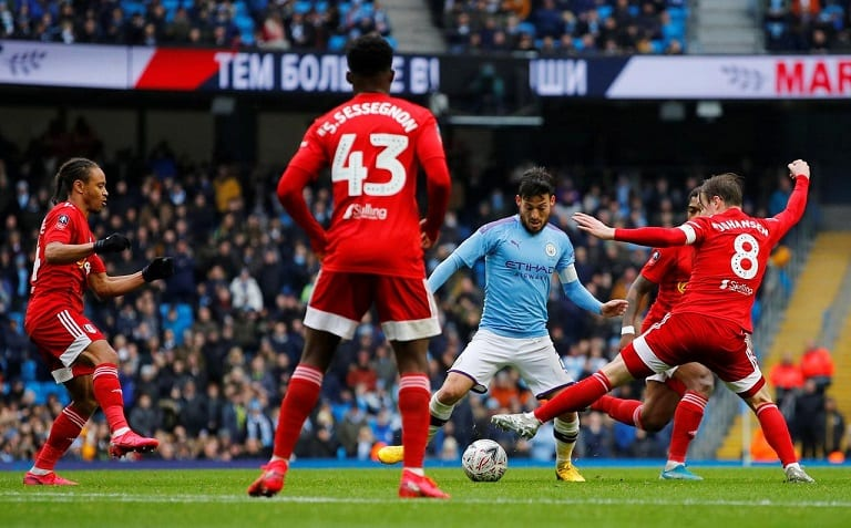 Manchester City canter into FA Cup last 16