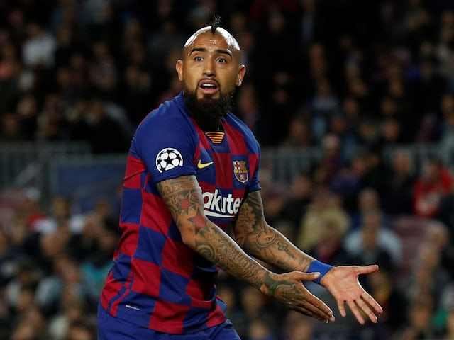 Manchester United 'set for talks with Arturo Vidal agent'
