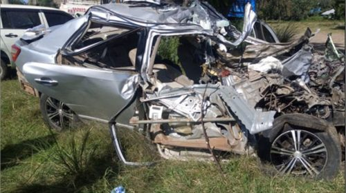 Road Carnage:Five killed after car collides with truck along Nyeri-Nanyuki road