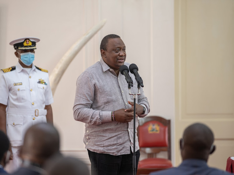 Am keen on leaving  a legacy of a united country, Uhuru tells Nyanza leaders after a meeting