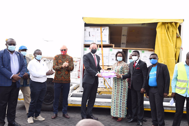 Kenya receives first batch of Pfizer vaccines from US