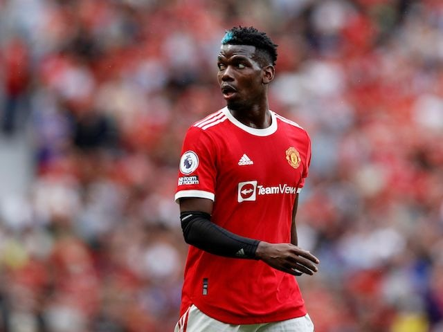 Paul Pogba 'leaning towards staying at Manchester United'