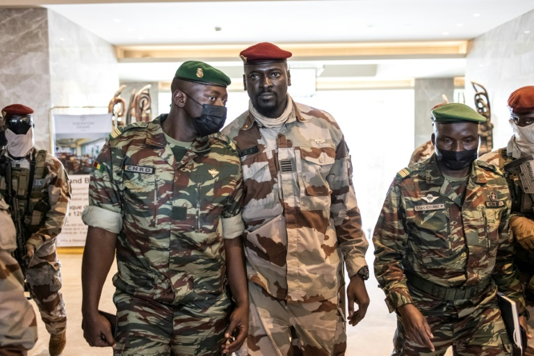Guinea Coup Leader Sworn In As Transitional President